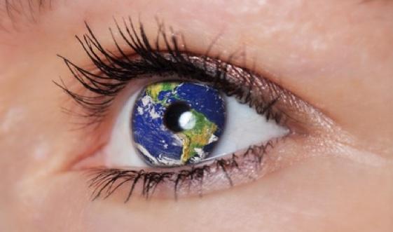Den Grauen Star durch Augenarzt Janßen behandeln.