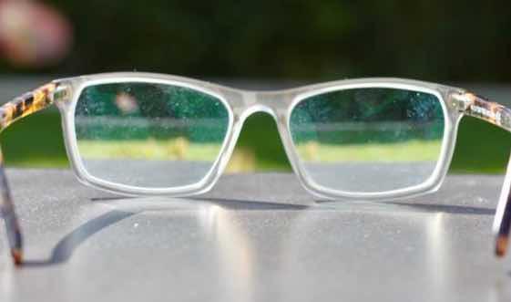 Augenarzt für Neuss über regelmäßige Untersuchungen